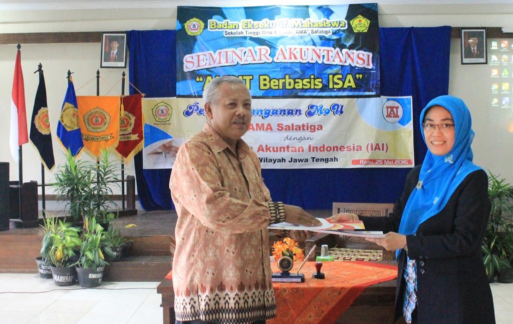 STIE AMA Jalin Kerja Sama dengan IAI Jawa Tengah